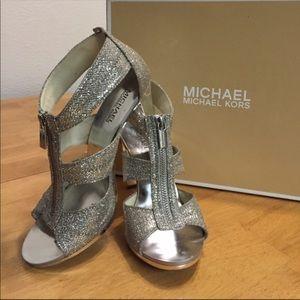 SOLD 🎊Michael kors heels